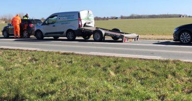 Kettingbotsing tussen zes auto's in Hoorn