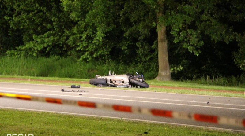 [UPDATE] 27–jarige man uit Grootebroek en 54–jarige man overleden na ernstig ongeluk