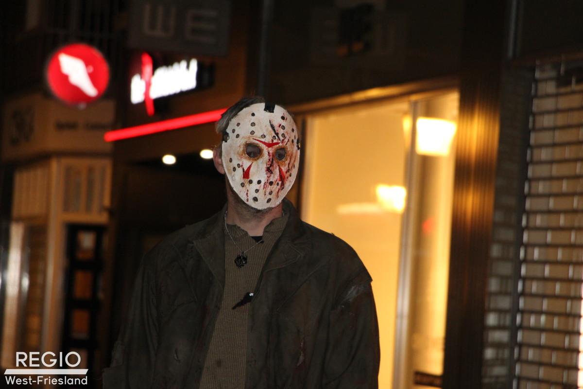 Halloween Friesland.Halloween Horror Walk In Hoorn Trok Veel Mensen Door Deel