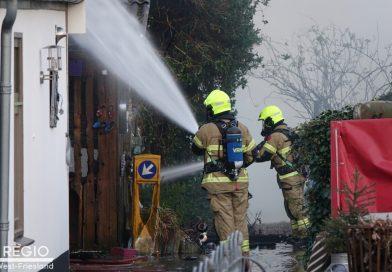 Flinke rookontwikkeling bij schuurbrand in Zwaagdijk -Oost
