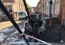 Auto in brand op De Dijk Enkhuizen, snel onder controle